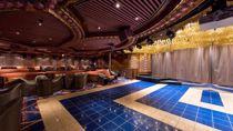 Cole Porter Club Aft Lounge